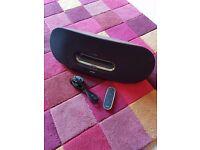 Philips Fidelio DS9/10 Speaker & Dock - iphone, jpod etc plus aux in.
