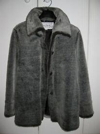 Elegant ladies faux fur winter coat