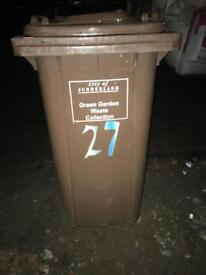 Wheeley bin ideal for allotments etc