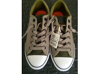 Unisex converse UK 5.5 brand new with tags