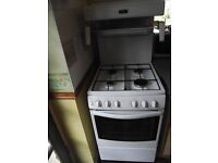 NEW WORLD WHITE GAS COOKER WITH EYE LEVEL GRILL