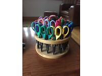 Set 24 Kraft Edgers Craft Scissors Wooden Carousel Caddy Decorative Scrapbooking