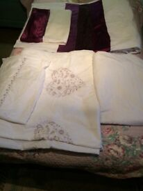 2 sets of single duvet sets with 1 fitted sheet