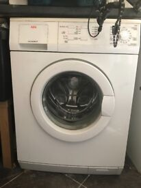 AEG Lavamat Washing Machine - 7kg - Ref 52600