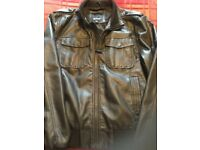 Men's bench jacket. Never worn. Size Large.Black.