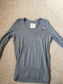Grey Hollister V neck jumper - X Small
