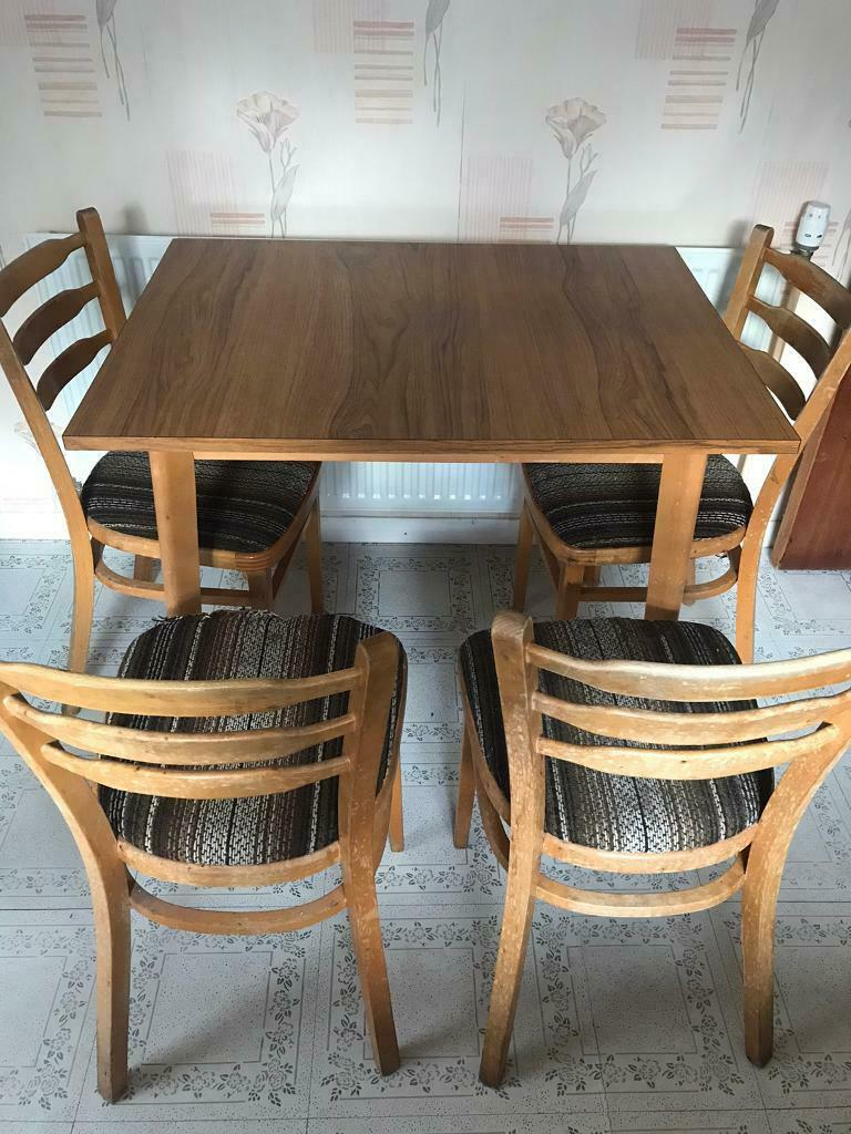 kitchen table and 4 chairs  in mauchline east ayrshire