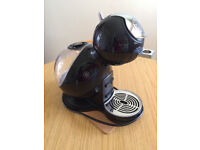 NESCAFE DOLCE GUSTO DELONGHI COFFEE MACHINE