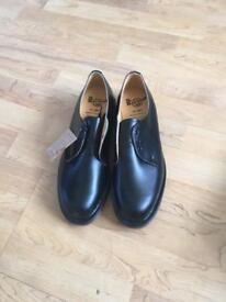 Dr Martens(air wair) black shoes