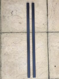 Thule roof rack rails heavy duty square 3mm thick. X 1630 L. X 2 Used condition.