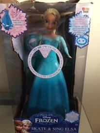 Frozen Skate & Sing Elsa