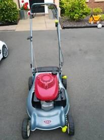 "Honda Izy 18 "" Petrol Self Propelled Lawnmower - Brand New Deck"