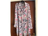 New Look Maternity shirt size 14