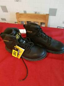 Cat workman boots