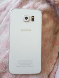 White Samsung s6 o2