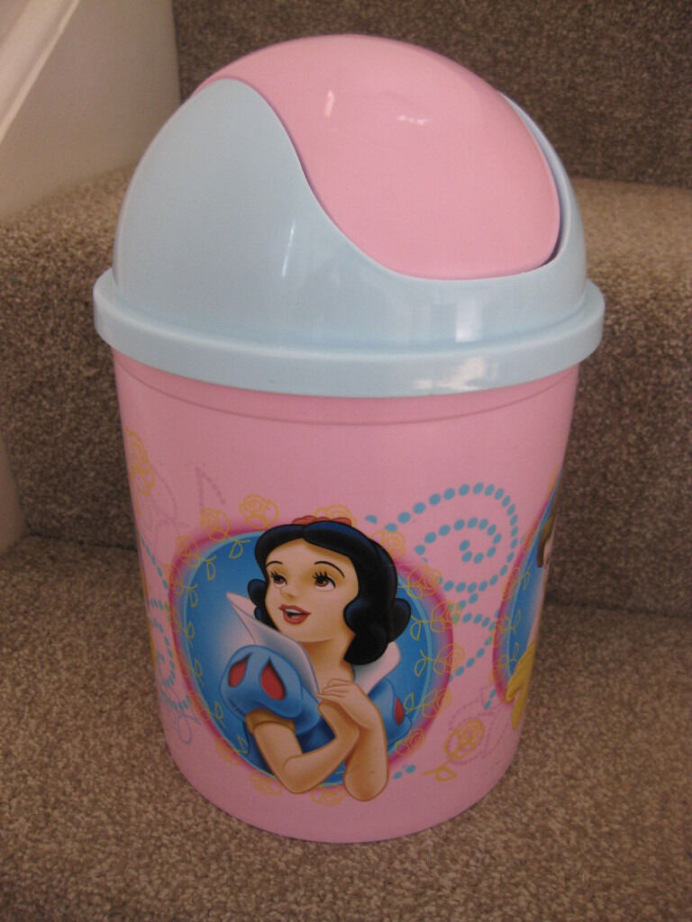 BEAUTIFUL DISNEY PRINCESS BIN - A lovely accessory for any palace! Only £3