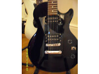 All Black Les Paul Special model fromEPIPHONE. Immaculate, nicely set up. Come try it