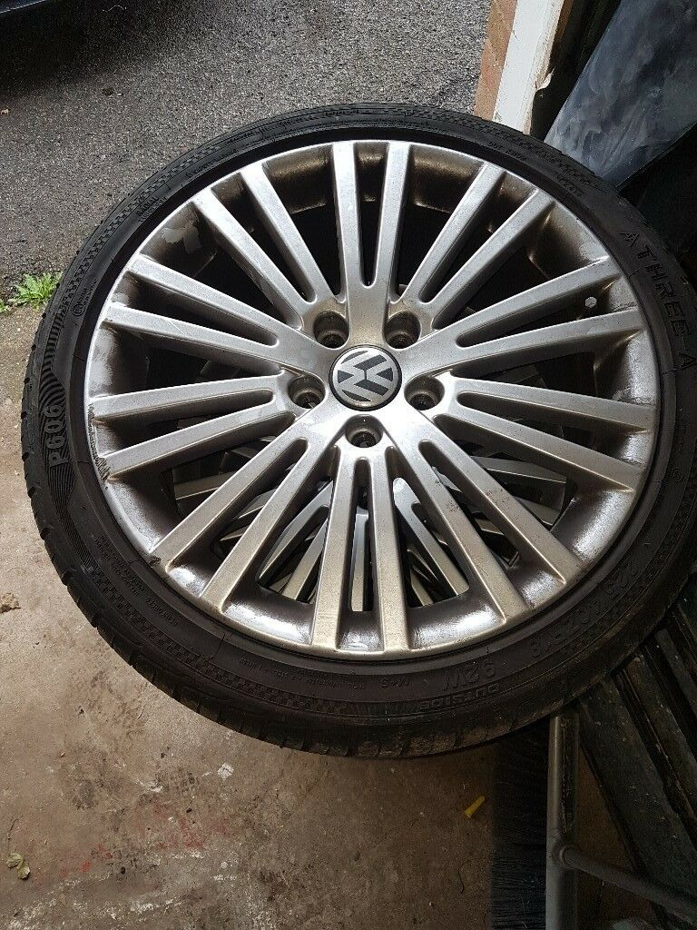 VW alloys wheels and tyres