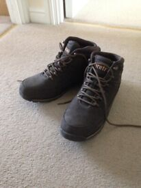 5a13690eacb3 Men s brown boot as new