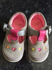 Girls Clarks shoes size 4G excellent condition