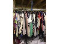 Job lot. 100 ladies blouses. (Used)