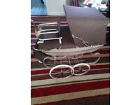 1970,s silver cross dolls pram