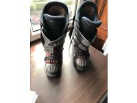 Size 10 ski boots £60 Ono