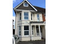 LARGE STUDIO FLAT AVAILABLE 10.9.18 ALL BILLS INCLUDED!*