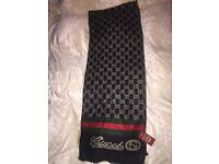 REVERSIBLE GUCCI SCARF