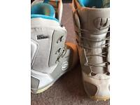 Women's Snowboard Boots - Size 4 - Salomon Kiana