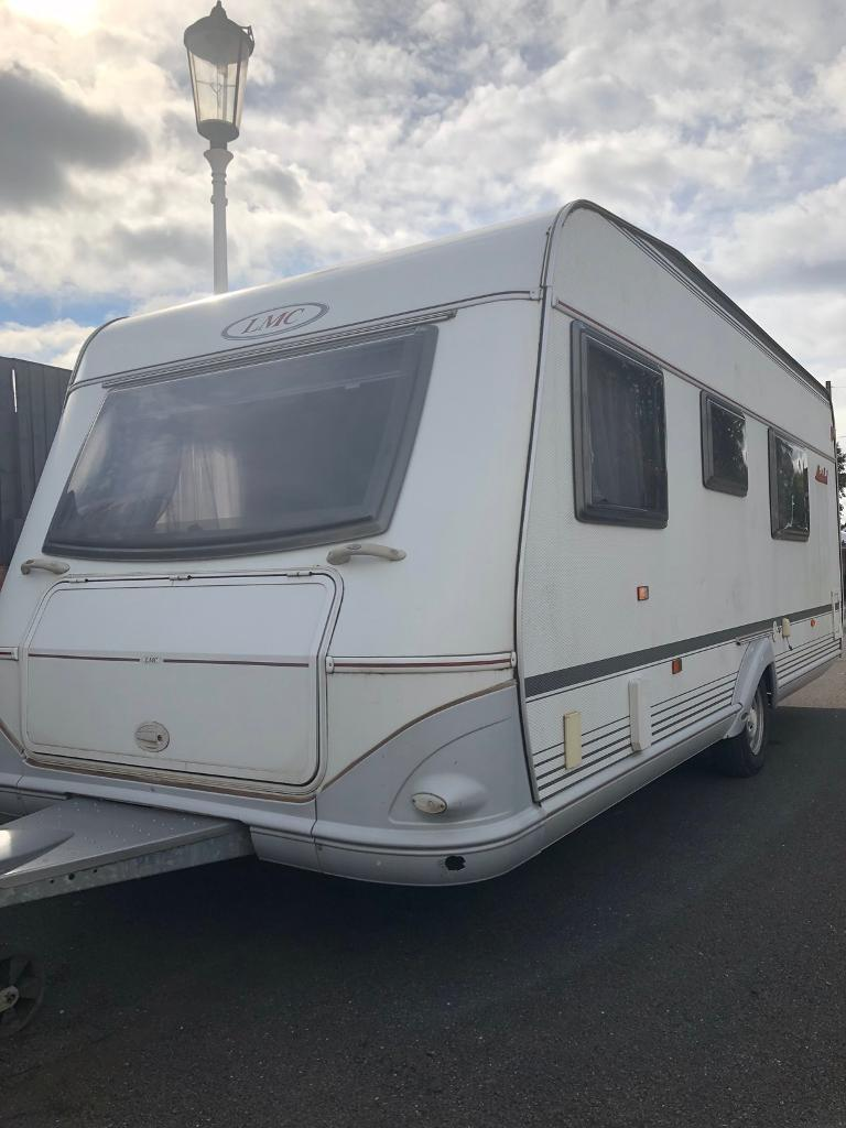LMC caravan 520 (2007) motor mover and full awning  Like  hobby/tabbert/fendt | in Wraysbury, Surrey | Gumtree