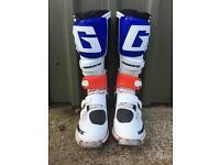 GAERNE SG12 MOTOCROSS BOOTS uk10.5