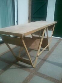 Fold up table