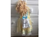 Goldilocks dressing up outfit with wig