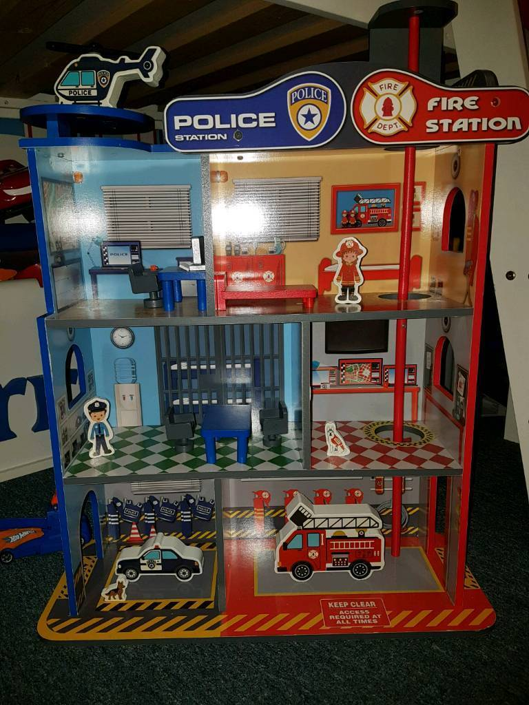 Police/Fire Station
