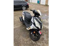 Sinnis 125cc 2015 moped scooter vespa honda piaggio yamaha gilera peugeot pcx