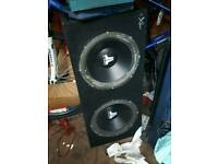 Twin sub jl audio subwoofers with amp