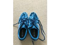 Nike Canvas Air Zoom Size 7