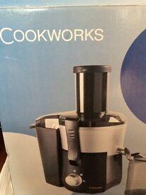 Cook works juicer