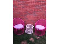 2 Garden Egg chairs and table set