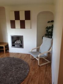 Bright modern 1 bed upper villa/flat in South Gyle