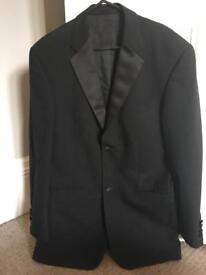 Moss Bros 36R tuxedo/dinner jacket