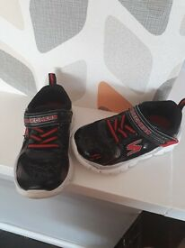 Skechers infant size 6 trainers