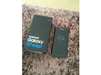Samsung galaxy s7 edge and wireless speaker