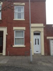 To rent Castleton Rd Preston PR1 6QH 2 bedroom terrace house