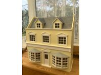 Wooden dolls house with transformer for lights, some wallpaper & carpet