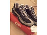 Nike Air Max 95 - Size 9 - BRAND NEW