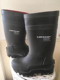 Brand new Dunlop steel toe cap wellingtons