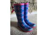 TU Wellies - Blue with flower design and bow to back - Child UK 11 - VGC