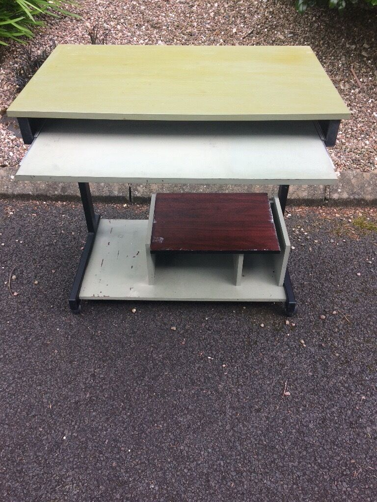 Computer deskin Kilrea, County LondonderryGumtree - Computer desk with storage underneath the length is 800x500 Cheap to clear would accept £10 if interested call or text me 07561455896
